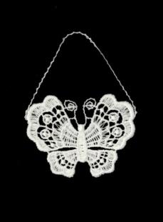 MINI-Schmetterling aus Plauener Spitze in exklusiver Ausführung